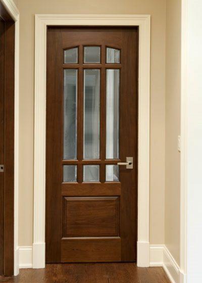 Межкомнатная дверь от компании  «Столярная мастерская в Донецке»