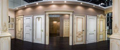 Разнообразие итальянских классических дверей
