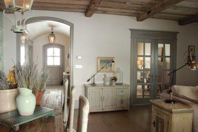Интерьер в старинном французском стиле