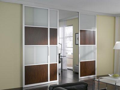 Раздвижные модели актуальны для дома и офиса