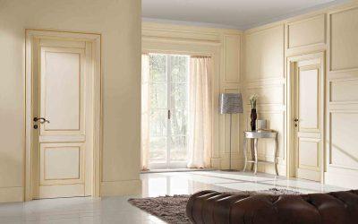 Изысканная модель двери из массива, которая представляет собой настоящую изюминку интерьера