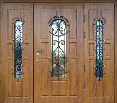 Наружные бронированные двери, фото
