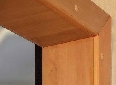 Ламинат в качестве основного отделочного материала для дверной поверхности