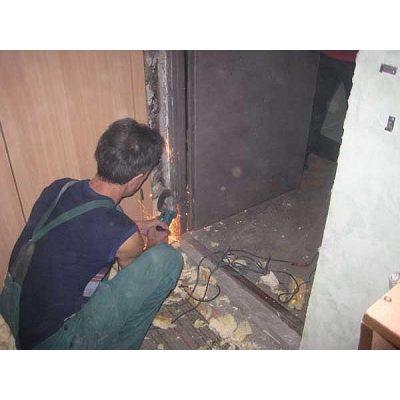Демонтаж металлической коробки