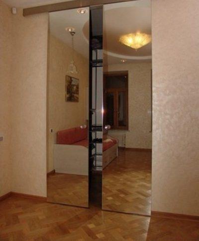 Перегородка из зеркал