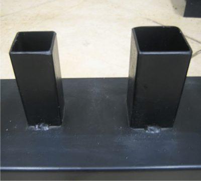 Дверная коробка из металлических труб