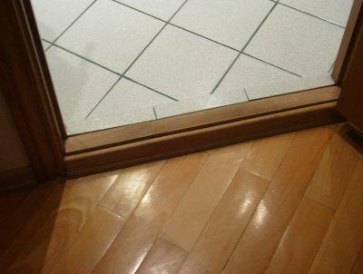 Дверь межкомнатная с порогом