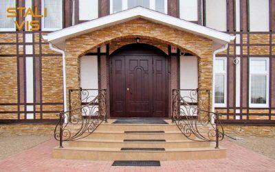 Арочные двери из металла