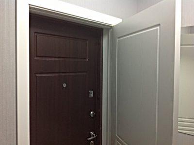 Входные вторые металлические двери