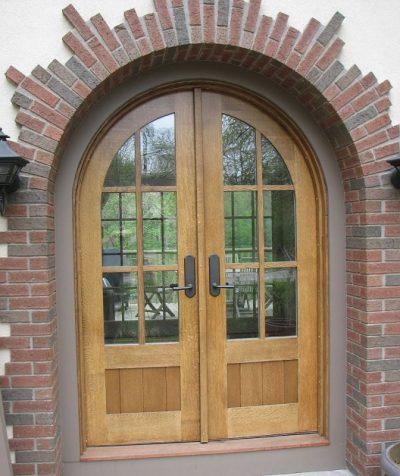 Необычная форма проема для двери