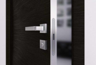 Качественная дверная конструкция, которая требует дополнительной защиты