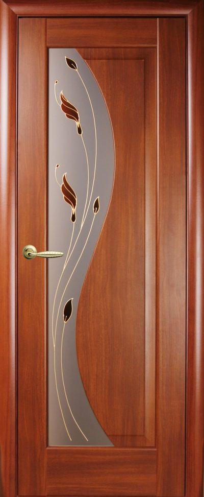 Накладная дверь, декорированная стеклом
