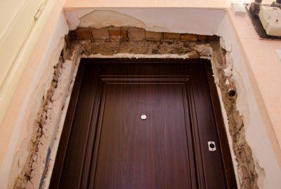 Неподготовленный дверной проем