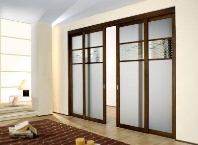 Роскошный вариант межкомнатной раздвижной модели, добавляющей в комнату функциональности