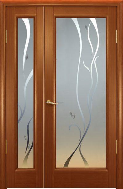 Деревянные ассиметричные модели в светло-древесной цветовой гамме со вставками из матового стекла с рисунком