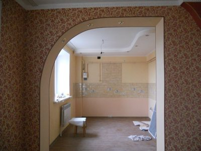 Монтаж конструкции на каркас перегородки стены