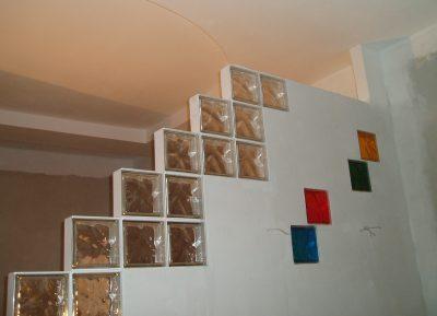 Вариант конструкции с витражным стеклом