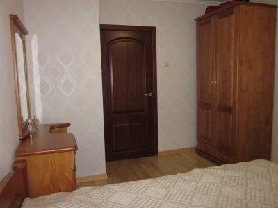 Правила выбора и особенности межкомнатных дверей в спальню
