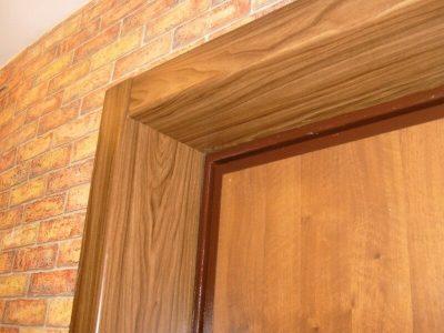 Пример сочетания откосов, проема и двери