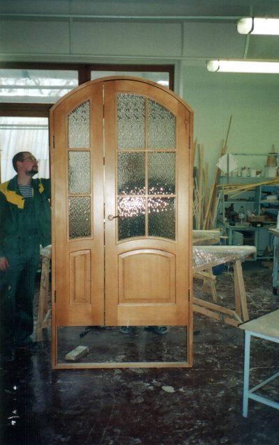 Остекленная деревянная створка