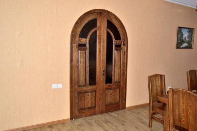 Дверь в стиле кантри