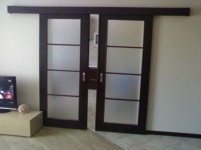 Облегченные раздвижные двери