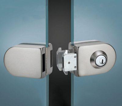 Основные виды и важные характеристики замков для стеклянных дверей