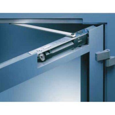 Необходимость доводчика дверей с фиксированием в открытом положении
