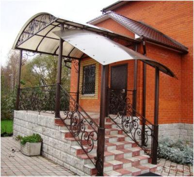 Как выбрать вариант крыльца к дому и как его изготовить своими руками, материалы и формы, нюансы монтажа