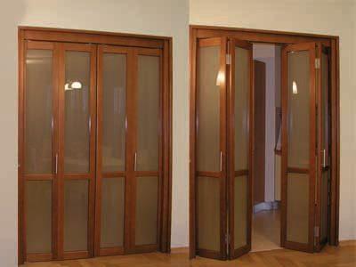 Закрытые и открытые двери-книжка