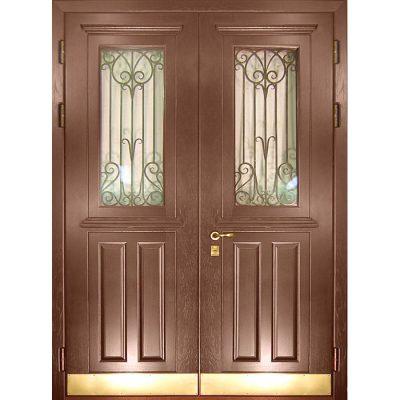 Двустворчатые двери со стеклом и решеткой для частного дома