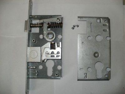 Схема замка с защелкой