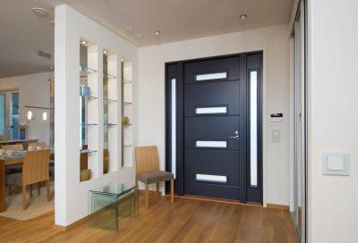Использование МДФ панели в качестве внутренних накладок входной двери