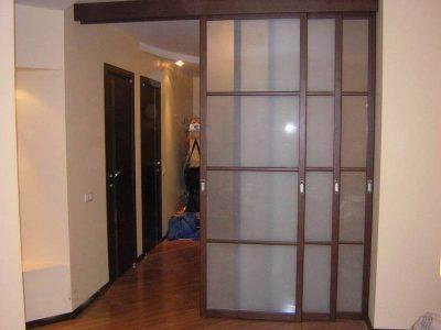 Типы раздвижных внутренних дверей