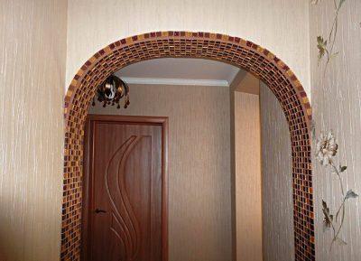 Мозаичное заполнение проема арки