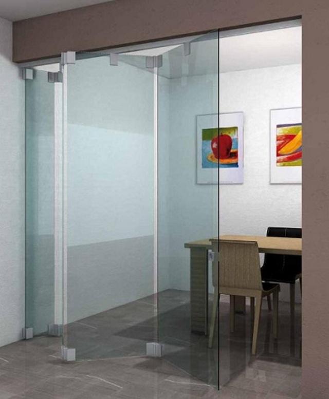 Интерьер с раздвижной стеклянной перегородкой