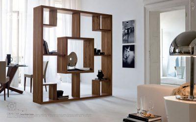Конструкция своеобразного внешнего вида для книг и зонирования помещения