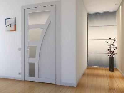 Конструкция из ПВХ с асимметричными стеклянными вставками