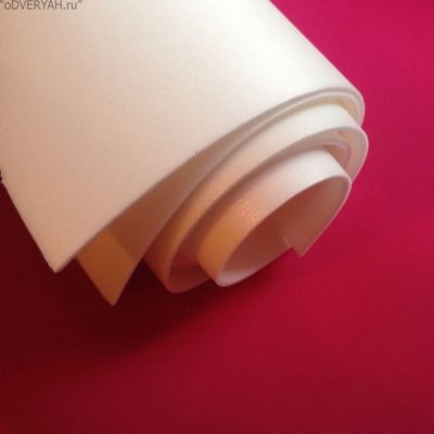 Изолон – прекрасный материал, чтобы утеплить дверь