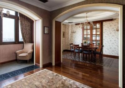Строгие линии в интерьере подчеркивают вкус владельцев дома